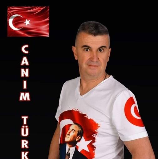 """Gebzeli Sanatçı Özlem'den """"CANIM TÜRKİYEM"""" Şarkısı"""