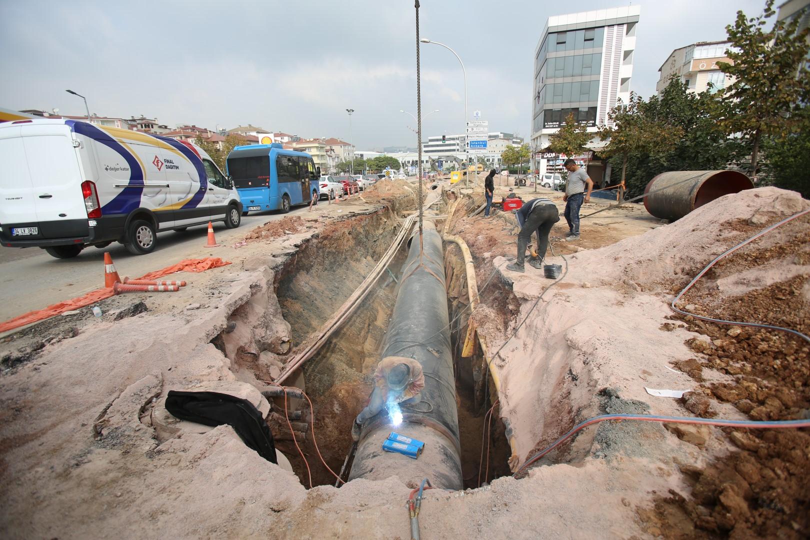 Gebze'de su kesintilerini tarihe gömecek 20 milyonluk projede hummalı çalışma sürüyor