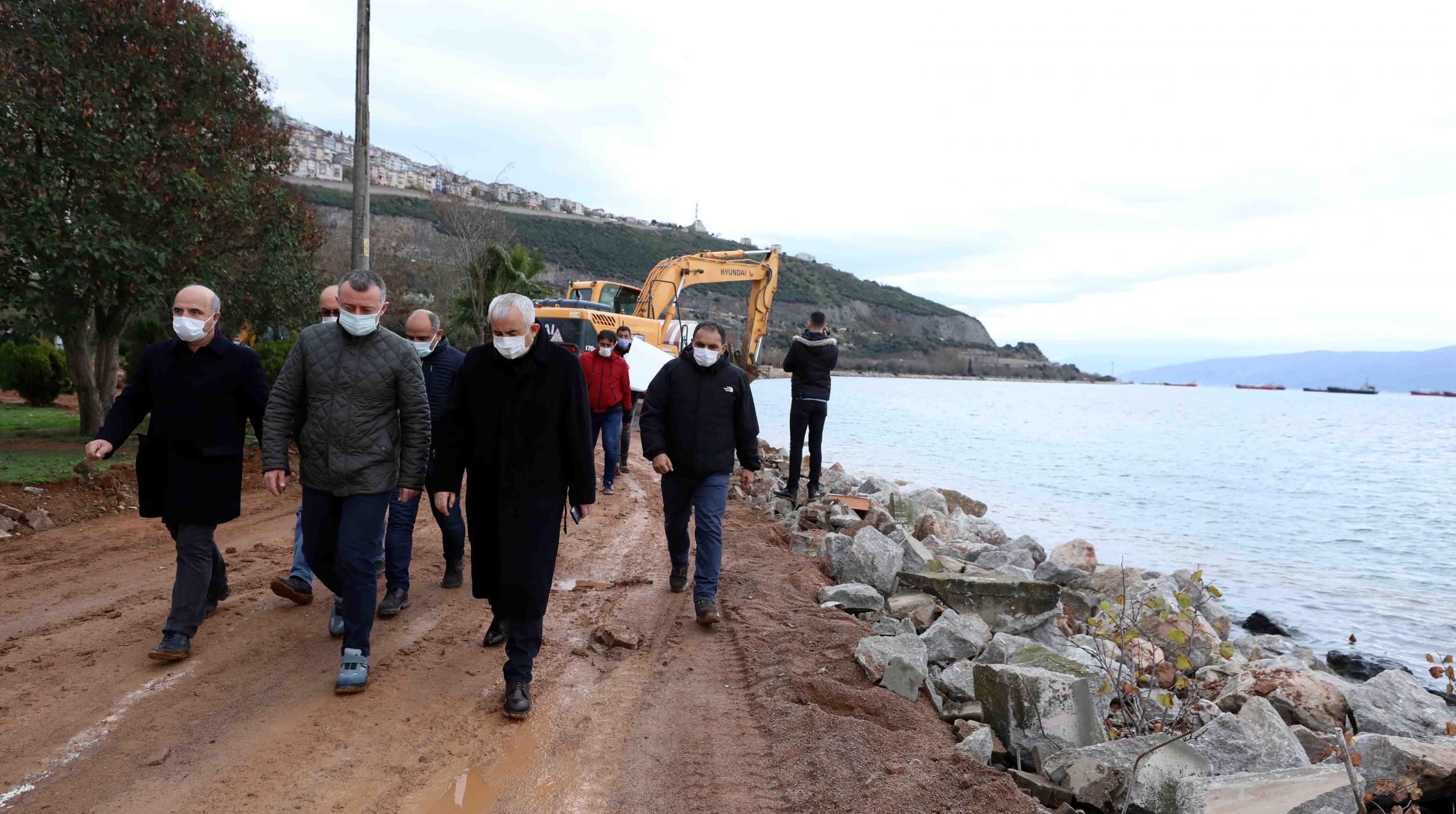 """Büyükakın: """"Hereke sahili yeniden yapılanacak, balıkçılarımız balık tutacak!"""""""