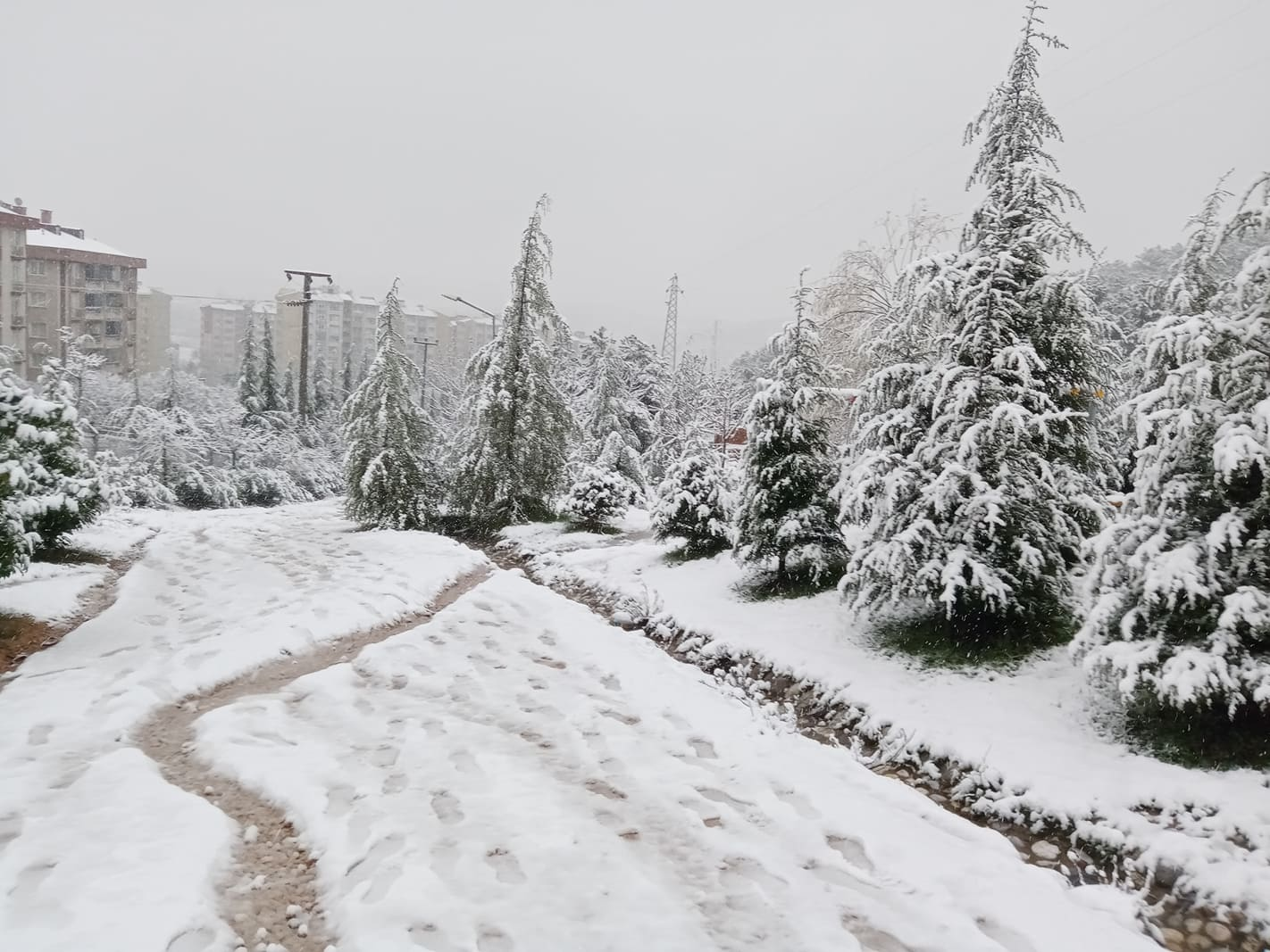 """Valilik uyardı: """"Marmara'da yoğun kar yağışına dikkat!"""""""