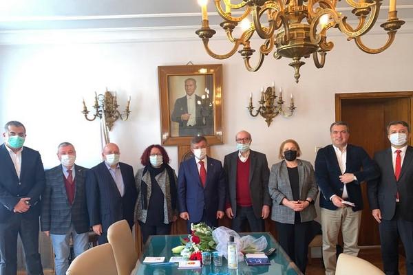 Davutoğlu TGC'yi ziyaret etti