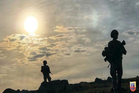 3 PKK'lı sınırda yakalandı