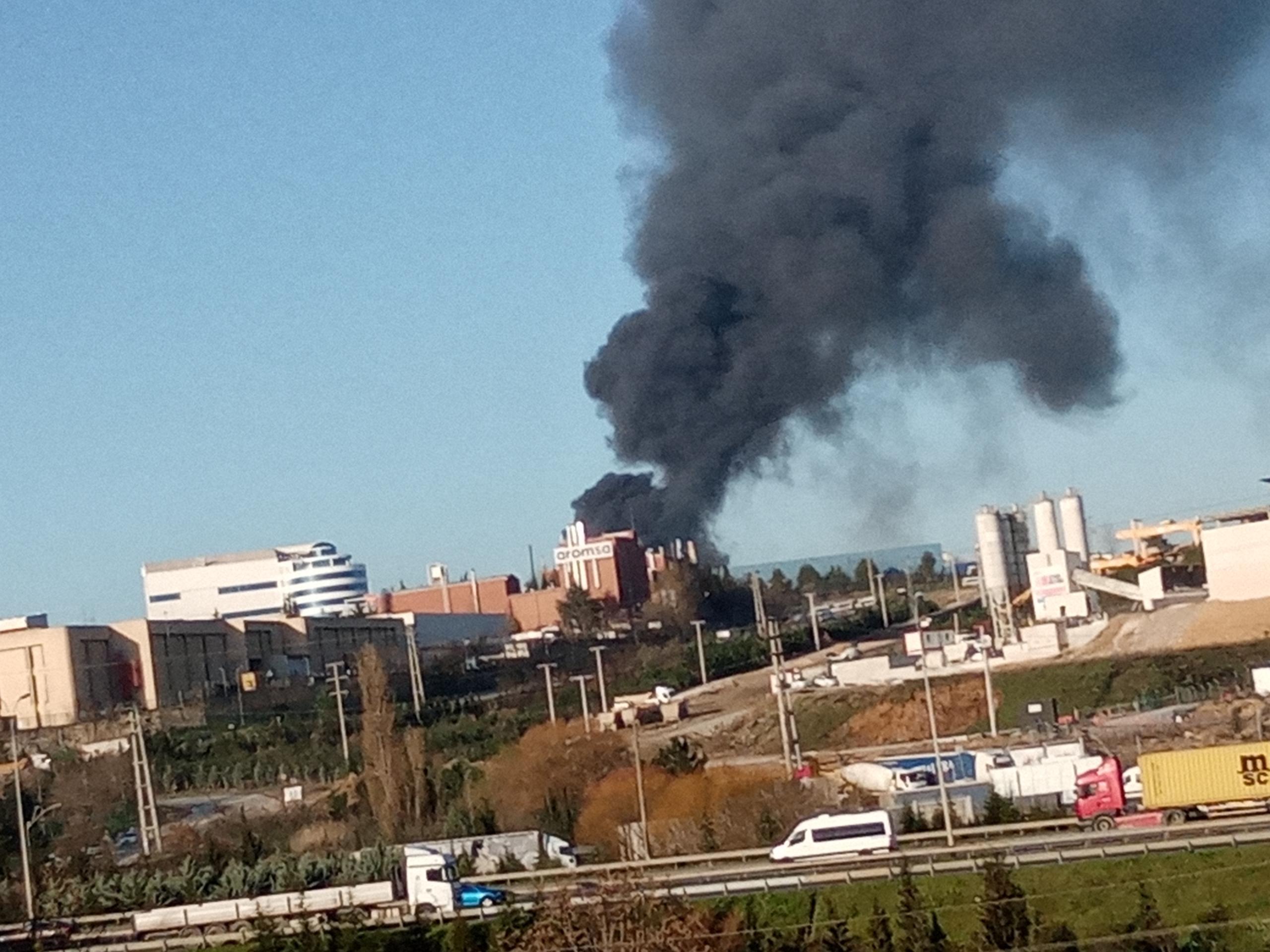 Marmara Geri Dönüşüm Fabrikasında Büyük Yangın