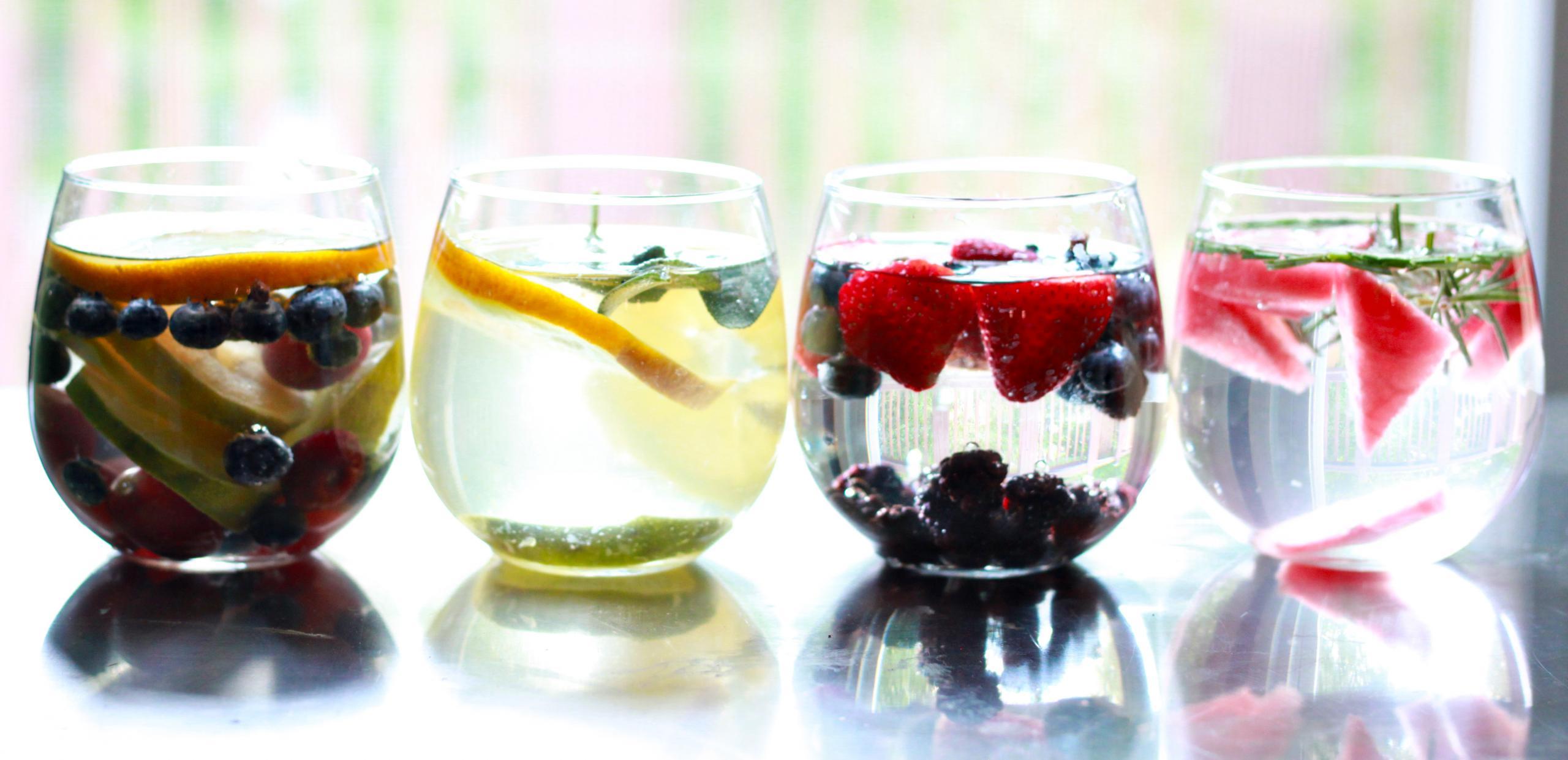 Yaz aylarında sıvı kaybına destek için günde 5 porsiyon sebze ve meyve tüketin!