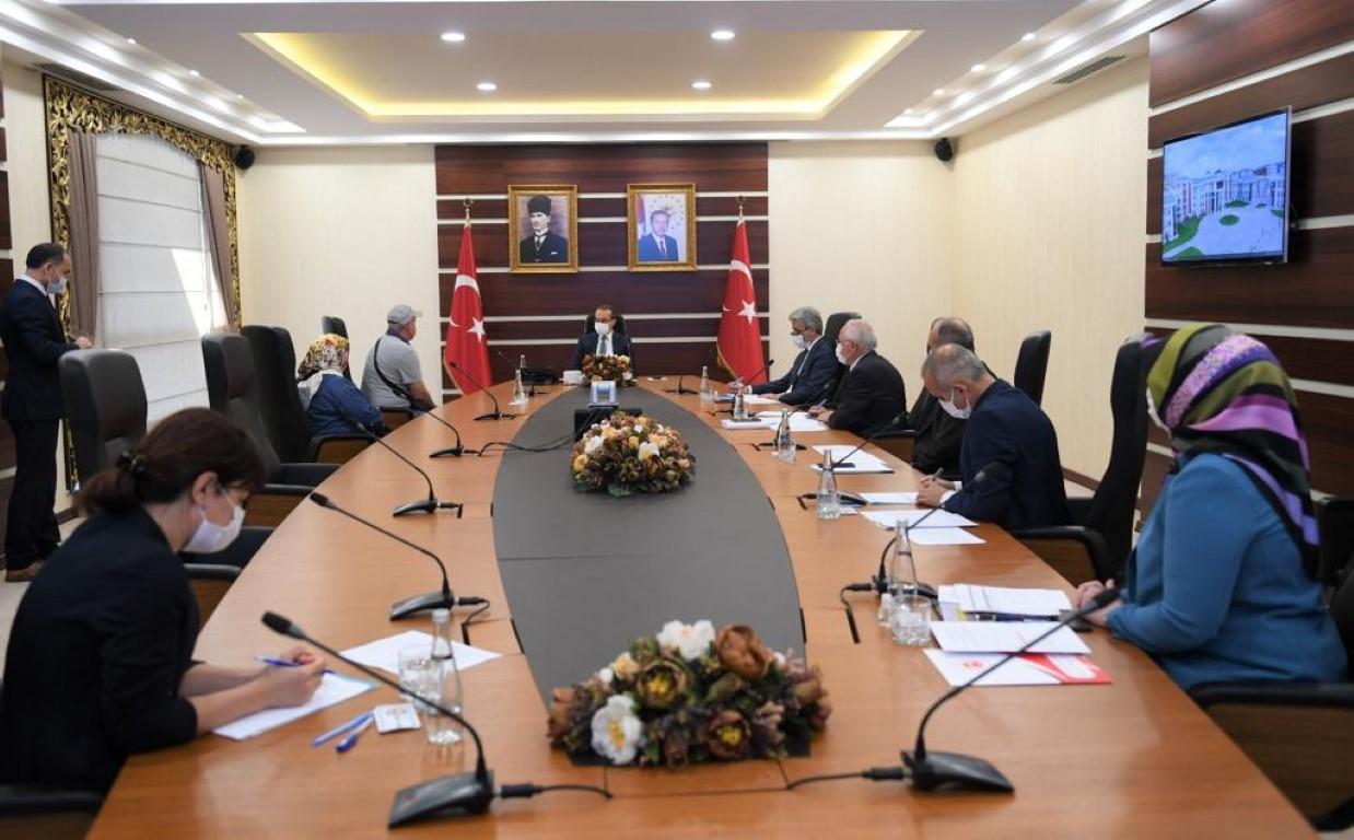 Vali Yavuz, halkın sorunlarını bizzat dinledi