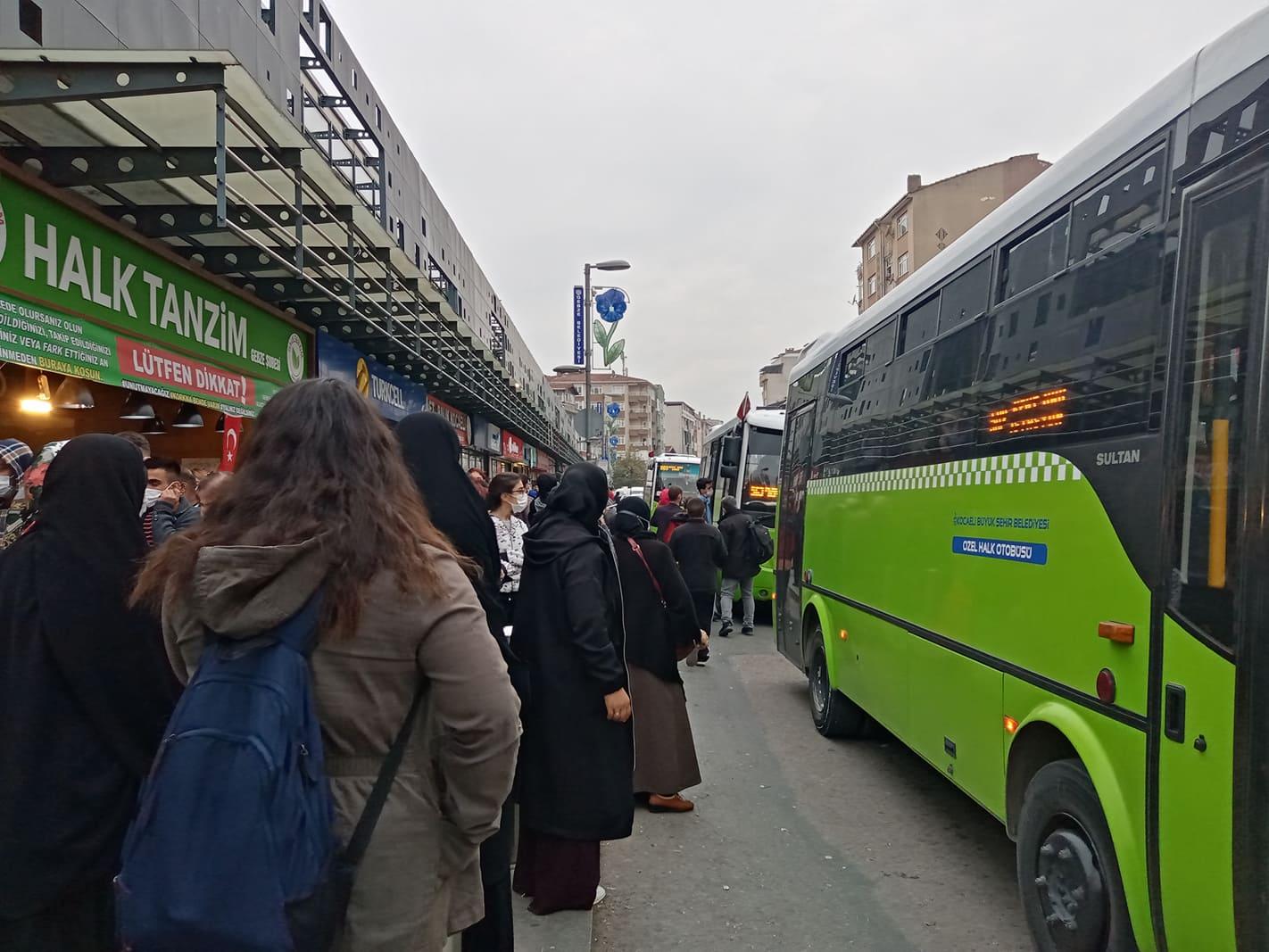 Gebze ve otobüs durakları…