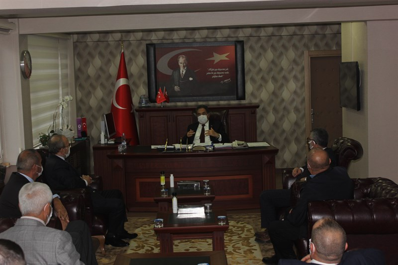 Gebze'de Kaymakam Güler, Meslek Odaları başkanlarını topladı