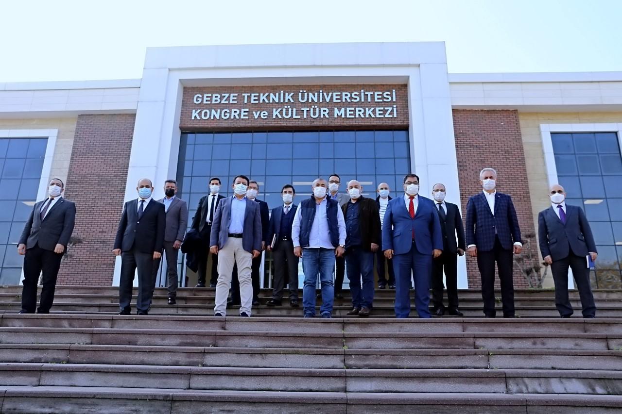 GTÜ'de Üniversite Sanayi Buluşması
