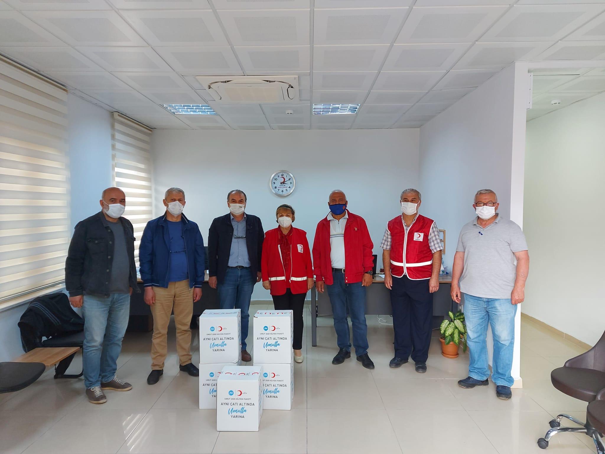 Türk Kızılayı ile P&G Firmasından Gebzeli gazetecilere Hijyen Paketi