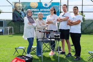 Teknoloji yarışındaki gençlere Başkan Büyükakın'dan tam destek geldi