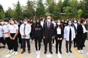 """Vali Yavuz: """"Liselerimizde ki aşılama oranını arttırmak için özel ekipler kurduk!"""""""