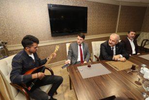 Başkan Büyükgöz GTÜ'lü misafir öğrencilerle buluştu