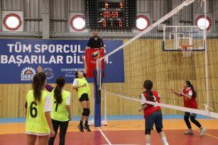 Gebze'de Liseler Arası Cumhuriyet Kupası müsabakaları